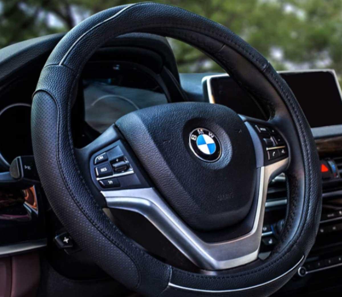 Colore : Black copertura del volante dellautomobile Vera Pelle Auto Car universale Skidproof morbido silicone COPRIVOLANTE coperture della protezione Copertura Volante