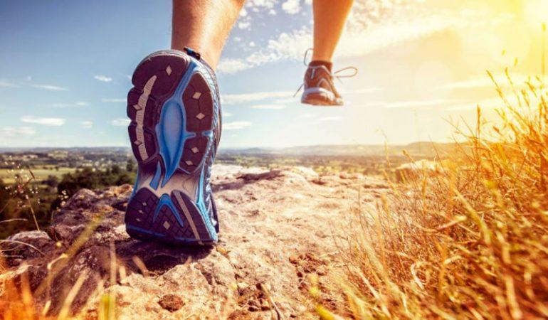 5 migliori scarpe running A4 antipronazione per piedi piatti